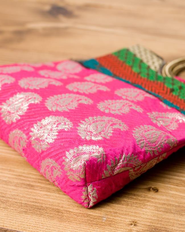 インドのゴージャスハンドバッグ - ペイズリー 4 - 横にしてみました。マチはしっかりあります。
