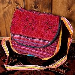 モン族刺繍のショルダーバッグ - 赤系