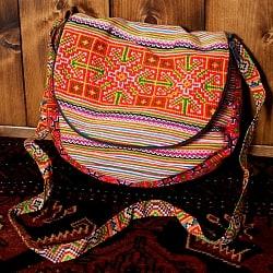 モン族刺繍のショルダーバッグ - オレンジ系