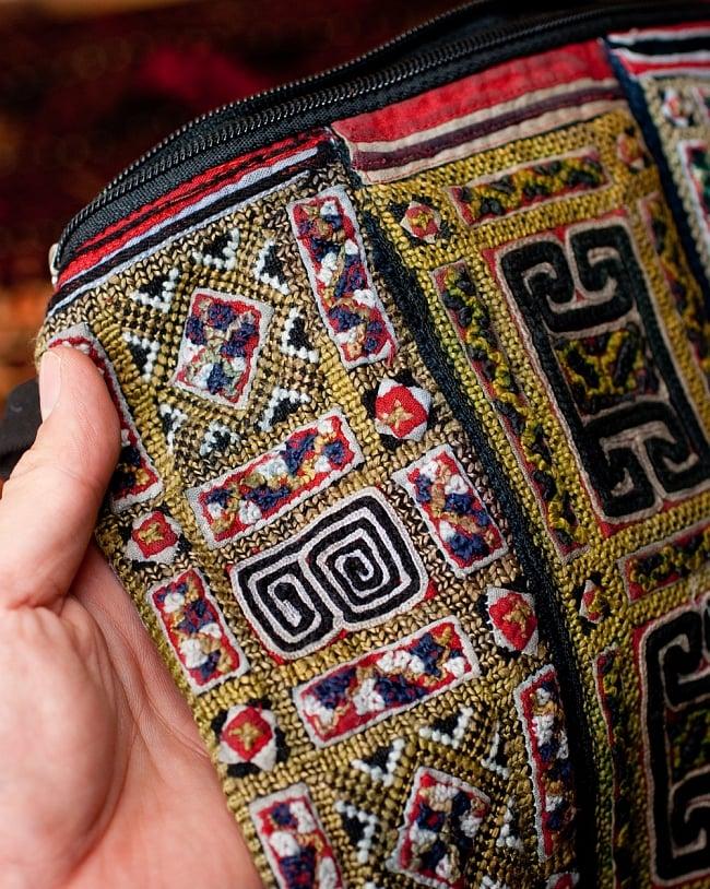 【一点物】モン族刺繍のスクエアショルダーバッグ 3 - とても綺麗な刺繍です