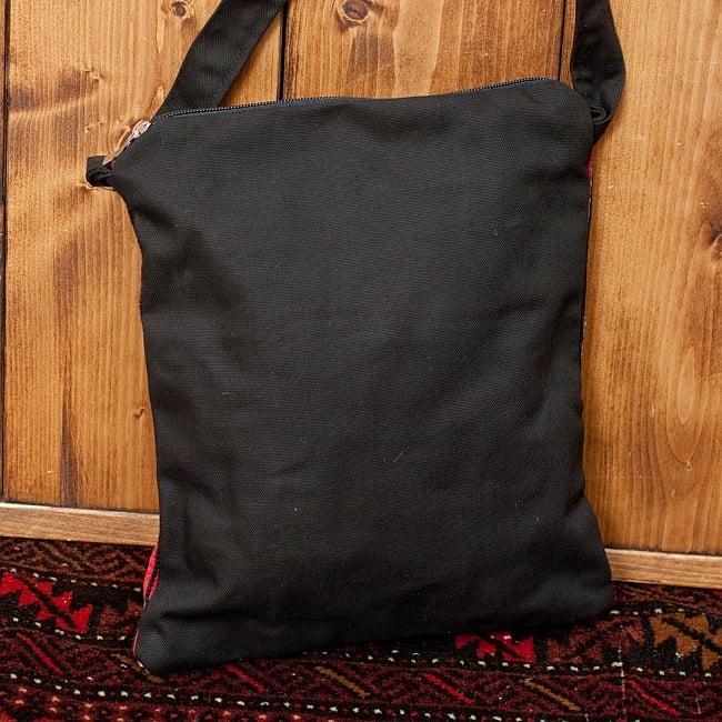 【一点物】モン族刺繍のスクエアショルダーバッグ 5 - 裏面の写真です