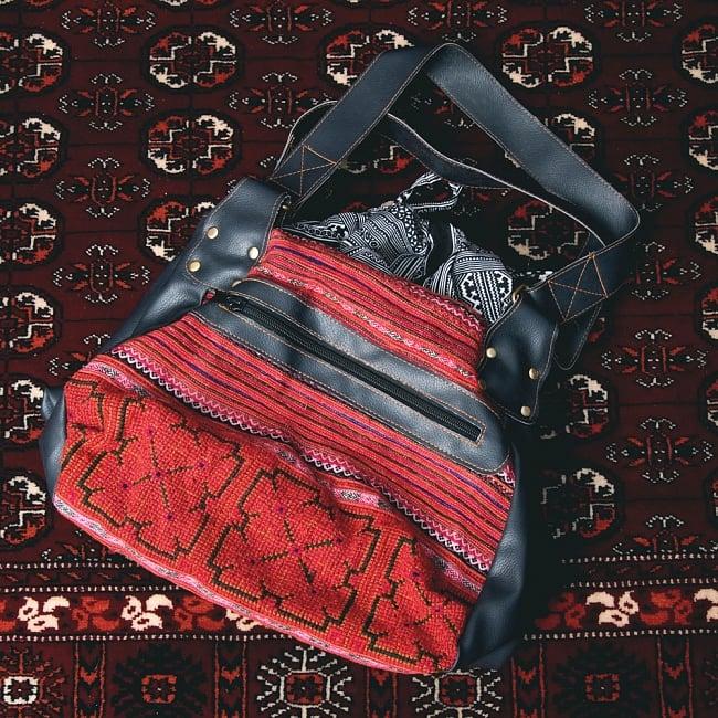 モン族刺繍とレザーのトートバッグの写真12 - 【選択:A】赤系