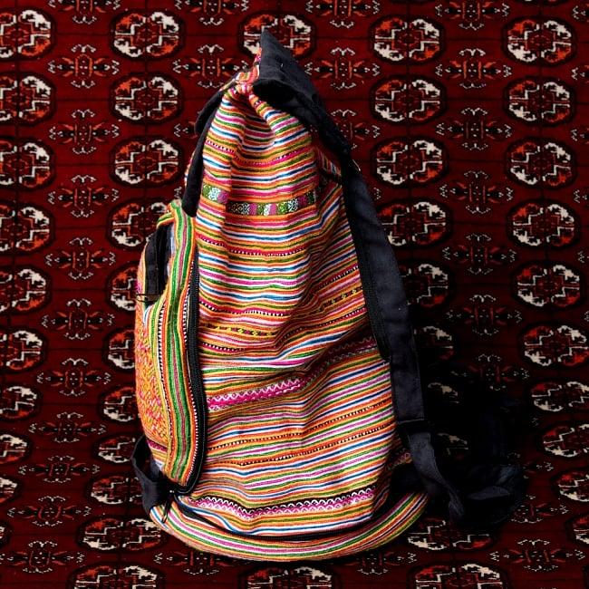 モン族刺繍 まんまる折りたたみ式2Wayトラベルバッグの写真9 - 横からの写真です