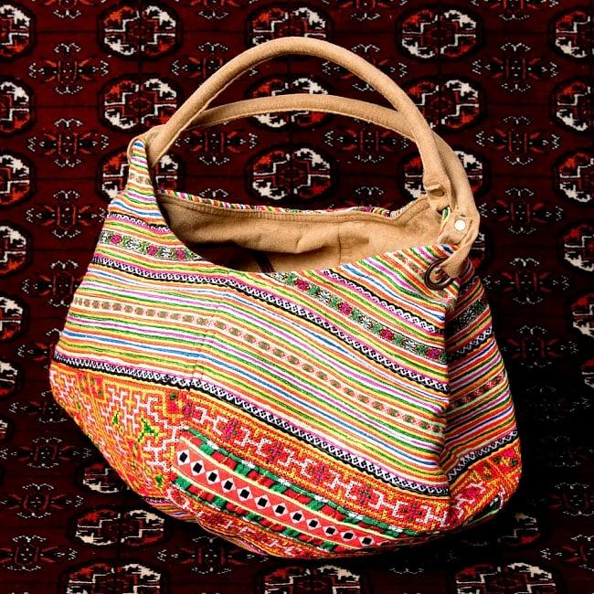 モン族刺繍とスウェード生地のトートバッグ 3 - しっかりとしたバッグです
