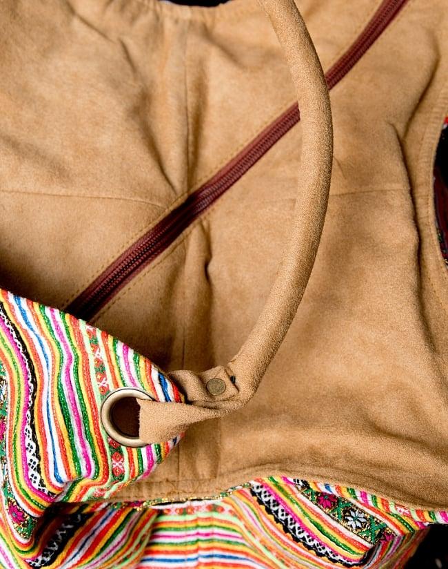 モン族刺繍とスウェード生地のトートバッグ 6 - 持ちて手も、持ちやすくしっかり作られています