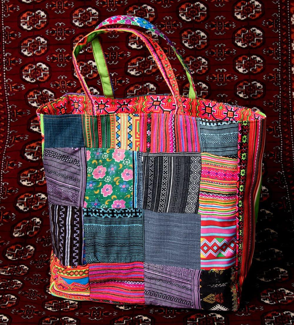 モン族刺繍のスクエア型パッチワークトートバッグ 5 - とても素敵な雰囲気
