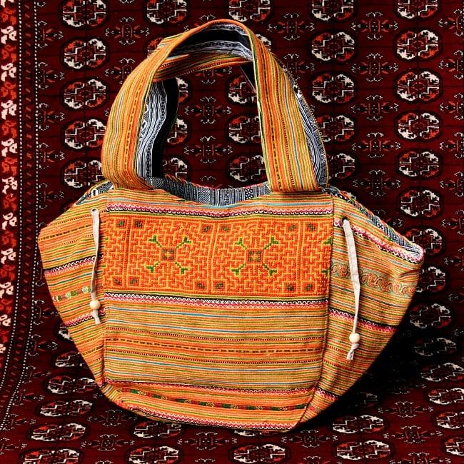 モン族刺繍の扇形トートバッグ 15 - 【選択:C】オレンジ系