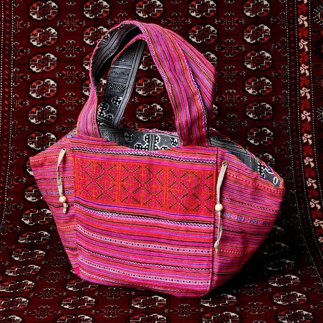 モン族刺繍の扇形トートバッグ 16 - 【選択:D】ピンク系