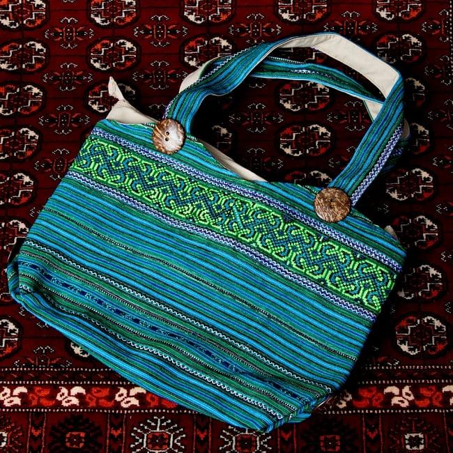 モン族刺繍 ビッグボタンのトートバッグ 14 - 【選択:B】青系