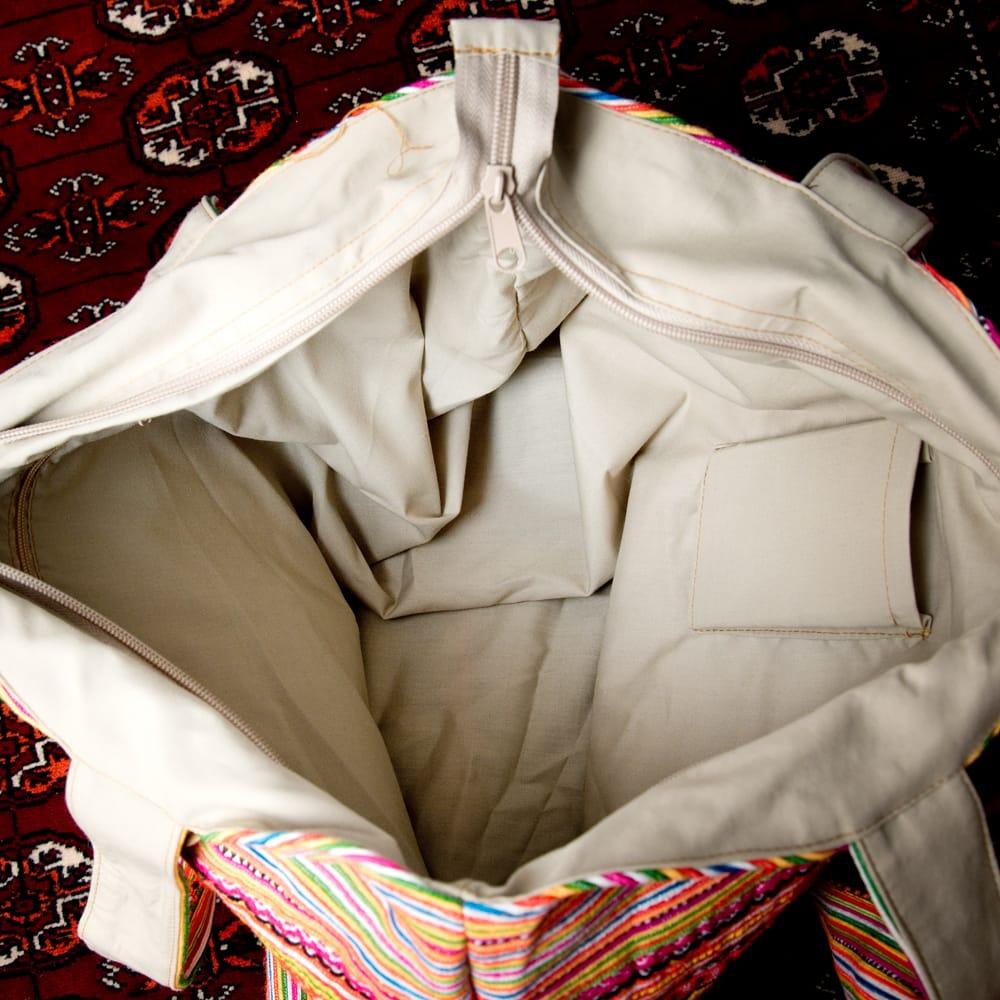 モン族刺繍 ビッグボタンのトートバッグ 9 - 内部の写真です