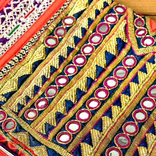 【一点物】アフガニクラッチバッグ-Lサイズ 4 - 商品をアップにしてみました。丁寧に縫われています。