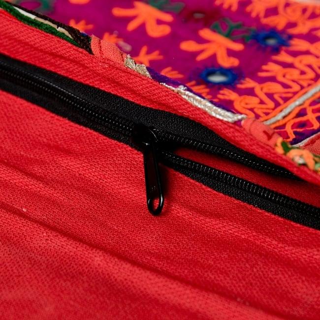【一点物】アフガニクラッチバッグ-Lサイズ 7 - 口はジップ式なので何かと安心です。※写真はID-BAG-683の商品です。