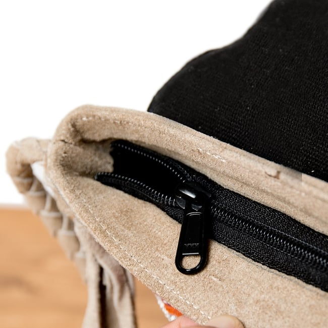 【一点物】アフガニショルダーバッグ-Lサイズ 9 - ジップなので何かと安心です。※こちらは柄違いの商品です