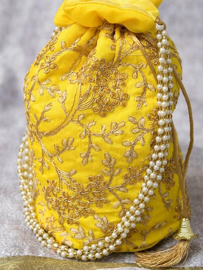 インドのきらきらミニバッグ・サリー等へオススメの巾着 - イエロー 3 - 裏面も同じデザインです