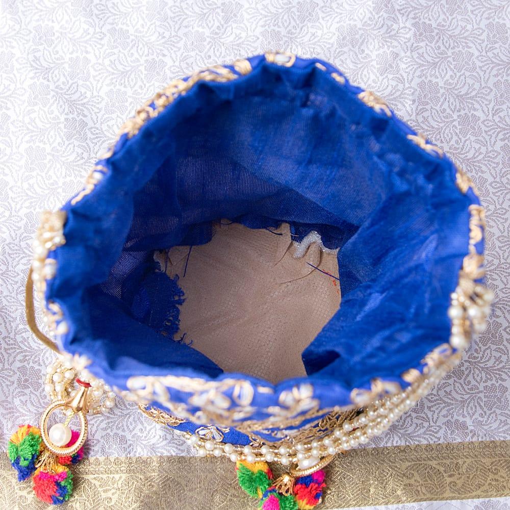インドのきらきらミニバッグ・サリー等へオススメの巾着 - イエロー 7 - 持ち手を拡大してみましたパールのようなビーズがとっても可愛いです^^