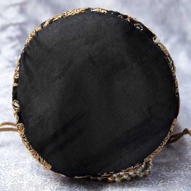 インドのきらきらミニバッグ・サリー等へオススメの巾着 - ブラック 5 - 底部分はこの様になっています!まんまるが可愛いです!
