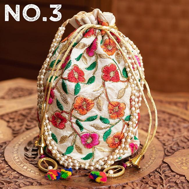 インドのきらきらミニバッグ・サリー等へオススメの巾着 ゴールド&フラワー更紗刺繍系 14 - 〔No.3〕はこのようなデザインになります