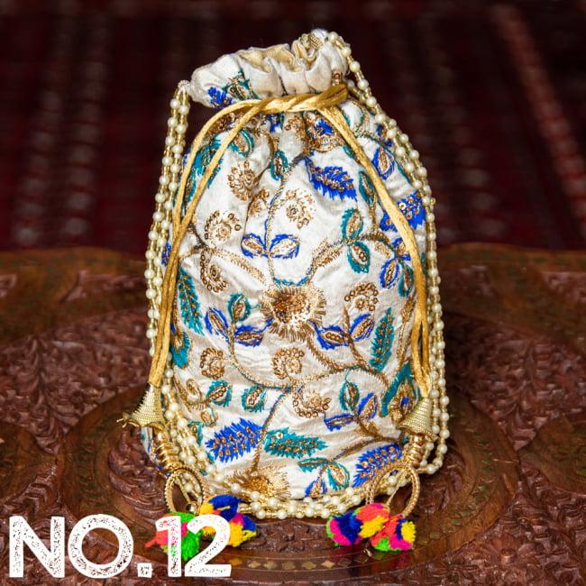 インドのきらきらミニバッグ・サリー等へオススメの巾着 ゴールド&フラワー更紗刺繍系 23 - 〔No.12〕はこのようなデザインになります