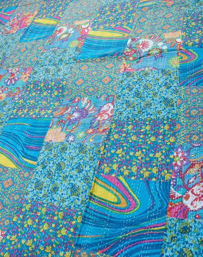 【インドのパッチワーク】ラリーキルトの大判マルチクロス【約280cm×約230cm】の写真2 - とても美しいパッチワークですよ
