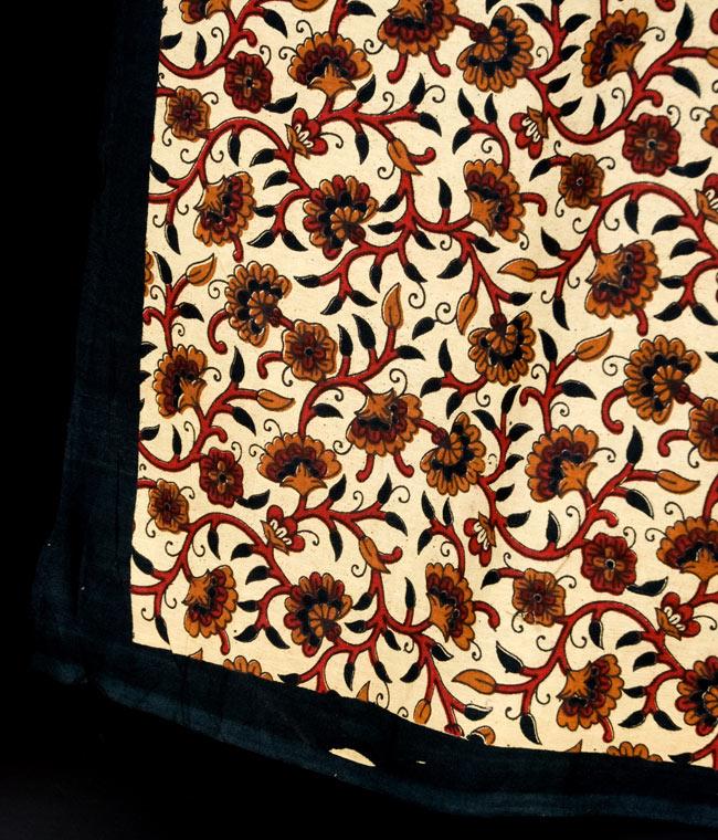 マルチクロス - 円形 唐草【約205cm×約230cm】 3 - 縁部分の写真です