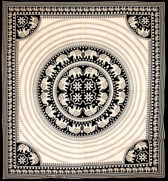マルチクロス - 円形 象【約205cm×約225cm】の写真