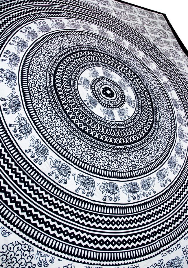 マルチクロス - 円形 象【約205cm×約220cm】 4 - 斜めに撮ってみたところです