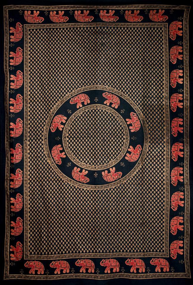 マルチクロス - 円形 象【約210cm×約130cm】の写真