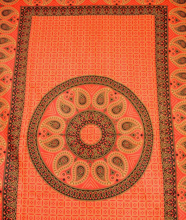 マルチクロス - マンダラ【約200cm×約130cm】の写真2 - 中心部分の拡大写真です。とても迫力があるデザインです。