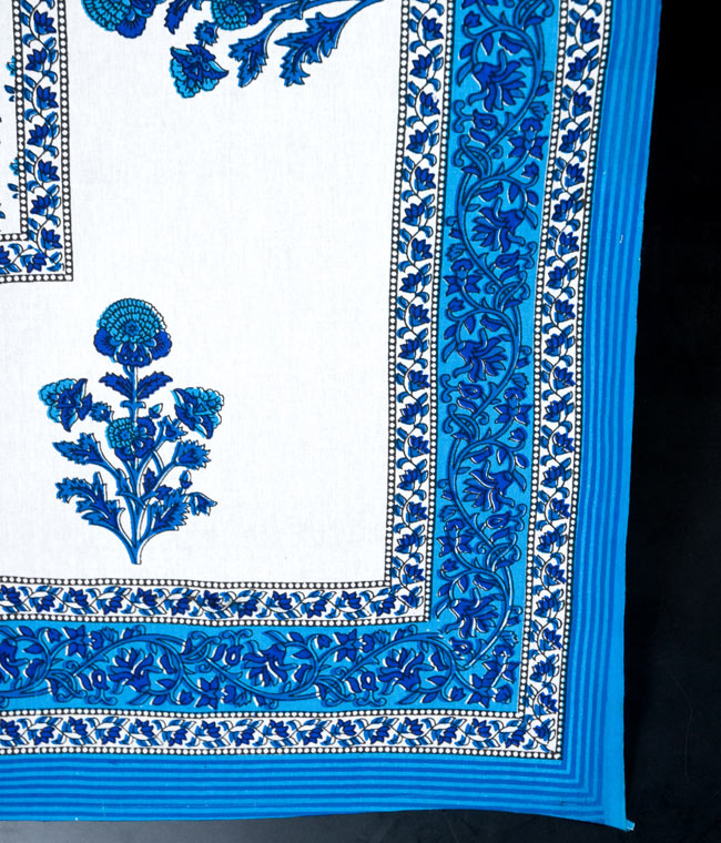 マルチクロス - 花柄【約210cm×約130cm】の写真3 - 縁部分の写真です