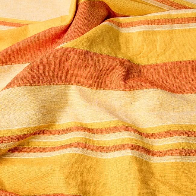 〔260cm×215cm〕カディコットン風マルチクロス - ストライプ柄 イエローの写真3 - インド現地でつくられています。どこか素朴さを感じる素敵な生地です。