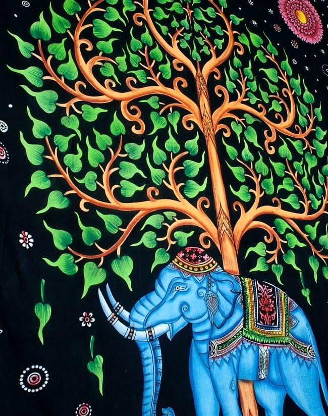 マルチクロス - 象と生命の樹【約220cm×約205cm】 4 - 斜めに撮ってみたところです