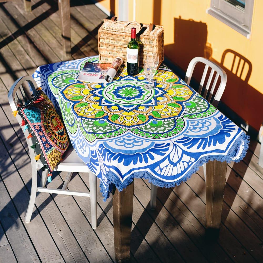 マンダラ柄ラウンドブランケット レジャーシート&ソファーカバー・テーブルクロス【約170cm】 2 - テーブルクロスとしても素敵です