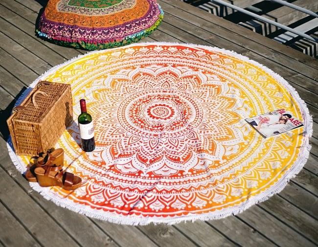 マンダラ柄ラウンドブランケット レジャーシート&ソファーカバー・テーブルクロス【約170cm】の写真2 - 全体写真です