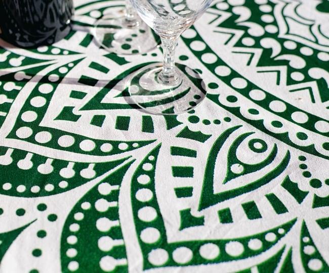 マンダラ柄ラウンドブランケット レジャーシート&ソファーカバー・テーブルクロス【約170cm】の写真7 - 拡大写真です