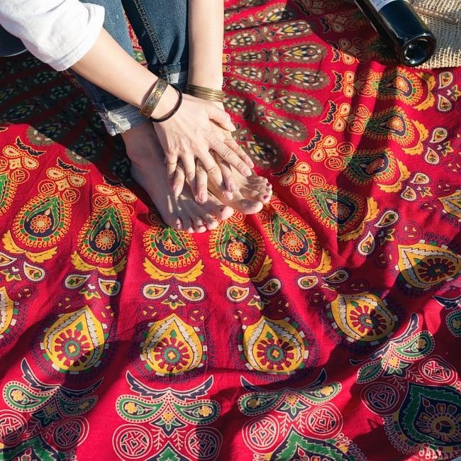 マンダラ柄ラウンドブランケット レジャーシート&ソファーカバー・テーブルクロス【約180cm】の写真10 - 拡大写真です