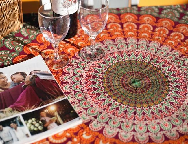 マンダラ柄ラウンドブランケット レジャーシート&ソファーカバー・テーブルクロス【約150cm】の写真3 - 拡大写真です