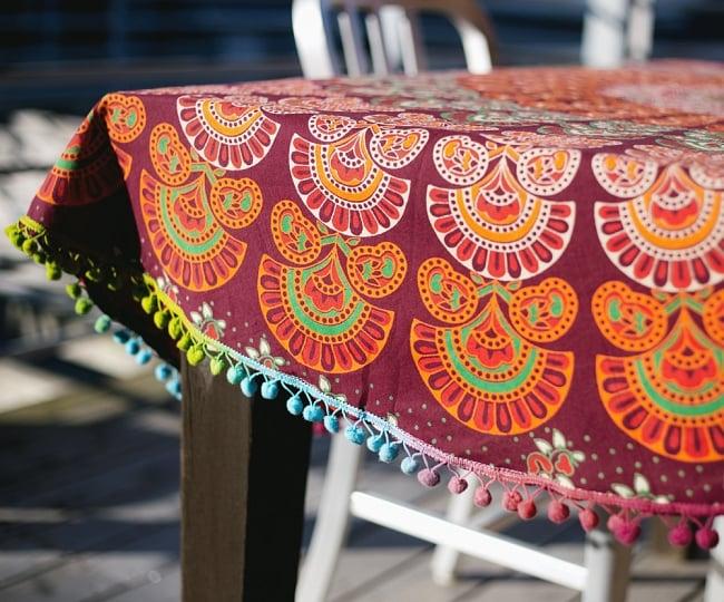 マンダラ柄ラウンドブランケット レジャーシート&ソファーカバー・テーブルクロス【約150cm】の写真4 - とても雰囲気がでます