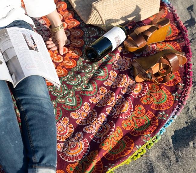 マンダラ柄ラウンドブランケット レジャーシート&ソファーカバー・テーブルクロス【約150cm】の写真6 - 拡大写真です