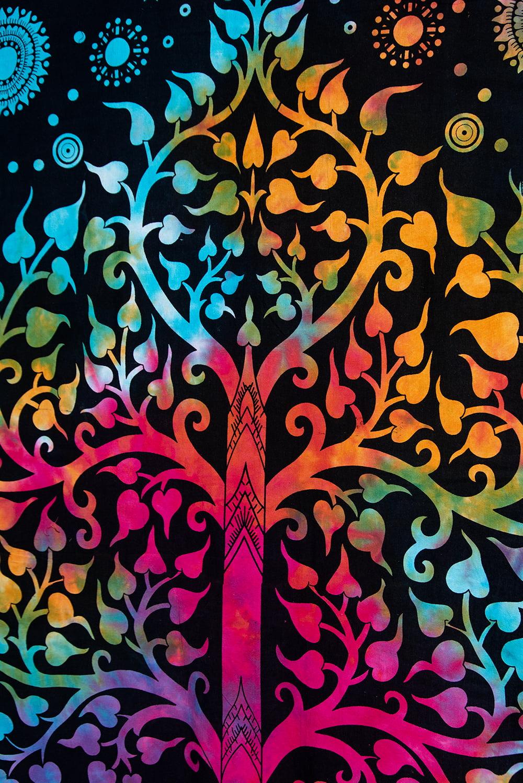 マルチクロス - 生命の木【約198cm×約138cm】 3 - 縁部分の写真です。縁は多少曲がっていることがあります。