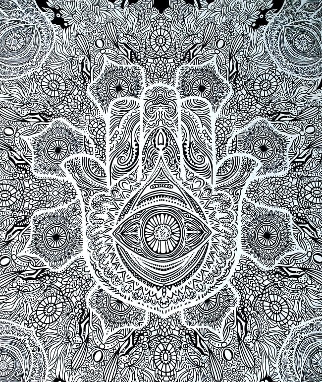 マルチクロス - ファーティマの手 ハムサ【約215cm×約200cm】 2 - 中心部分の拡大写真です。とても迫力があるデザインです。