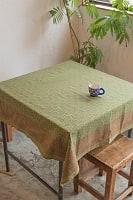 [約106cm x 約108cm]木版染め インド綿テーブルクロス  - ライトグリーン 小花柄