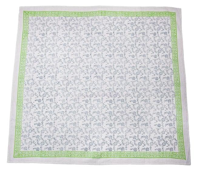 [約110cm x 約104cm]木版染め インド綿テーブルクロス  - 唐草の写真3 -