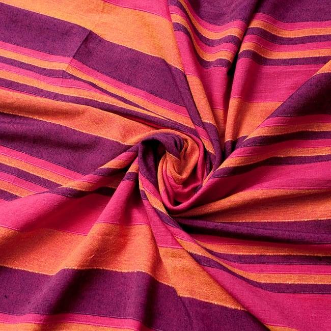 〔260cm×215cm〕カディコットン風マルチクロス - 紫・オレンジ・ピンク系の写真3 - インド現地でつくられています。どこか素朴さを感じる素敵な生地です。