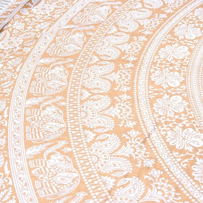 ホワイト&ゴールドラメマンダラ柄ラウンドブランケット レジャーシート&ソファーカバー・テーブルクロス【約190cm】 4 - 拡大写真です