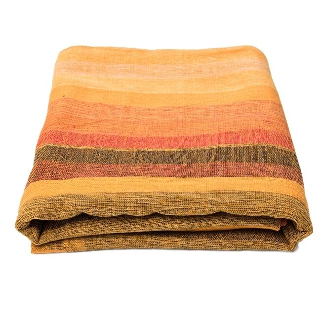 〔225cm×150cm〕柔らか手触りのイタワ織りマルチクロス - オレンジ 5 - たたむとふんわりボリューミーです。空気を含んで温かいです。