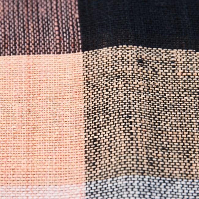 〔225cm×150cm〕柔らか手触りのイタワ織りマルチクロス - ブラック×ベージュ 3 - インド現地でつくられています。どこか素朴さを感じる素敵な生地です。