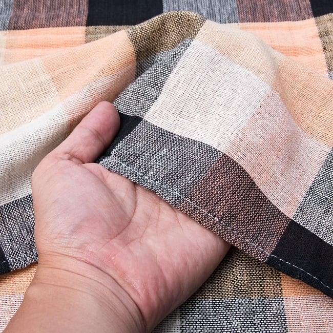 〔225cm×150cm〕柔らか手触りのイタワ織りマルチクロス - ブラック×ベージュ 4 - 柔らかい手触りながらも強度を感じる厚みです。
