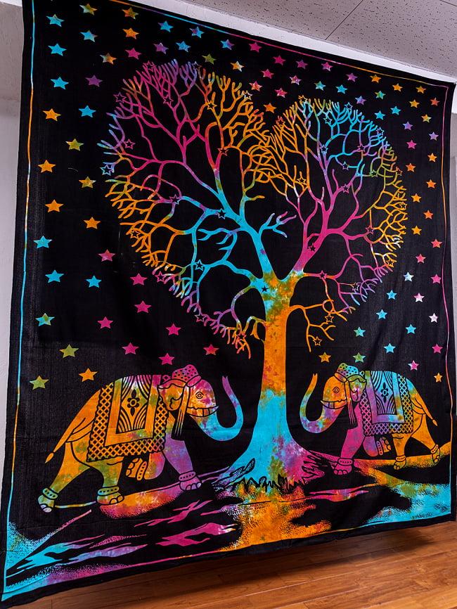 マルチクロス - 生命の樹 タイダイホーリーカラー〔約203cm×約221cm〕 2 - 横からの写真です