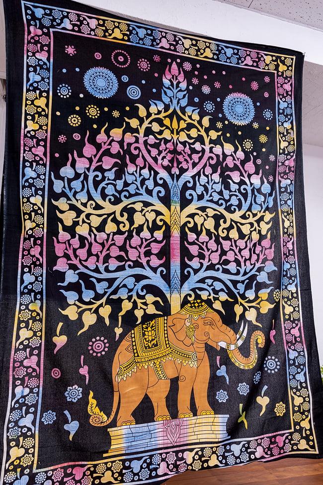 マルチクロス - 生命の樹 ブラシペイント〔約137cm×約192cm〕 2 - 横からの写真です