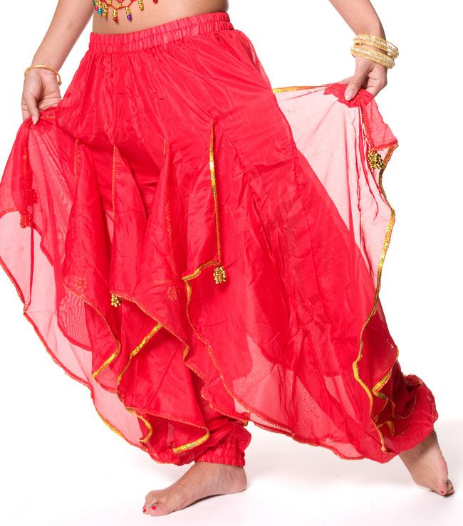 ベリーダンス用フレアパンツ【ゴムタイプ】 - 黄 3 - フレア部分はこのようになっております。(以下の写真は、色違い品のものとなります。)